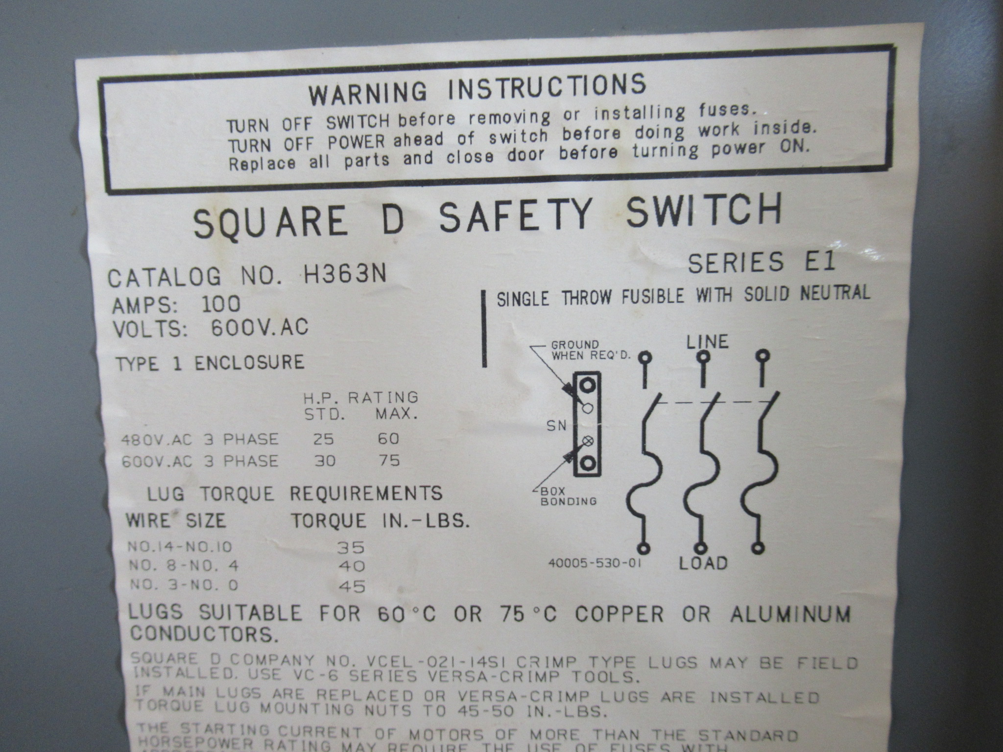 100 AMP 3 PHASE 600 VAC SQUARE D FUSIBLE SAFETY SWITCH DISCONNECT CAT#  H363N SERIES E1